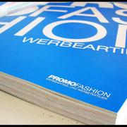 Texteindruck auf Katalog 1-farbig bedruckt Deckweiss