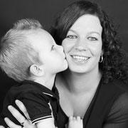Uw Fotomoment | fotografie voor familie, Samen met kinderen op de foto, fotoshoot gezin, familie fotoshoot, bsafoto.com, Fotoshoots, Photo Sessions, Unieke fotoshoots in oosterhout, Kledingtips, Familieshoot,