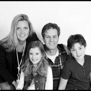 Geef jouw vader, moeder, opa of oma ook een fotokado. Kado voor oma: Familiefoto fotoshoot Familiefotografie , Cadeau voor oma | Familie, Grootouders, Inspiratie,