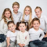 Fotoshoot met de familie? Kom naar onze fotostudio in Oosterhout, Familie en gezins fotoshoot, unieke fotoshoots, Specialist in familie fotoshoots, kinder,