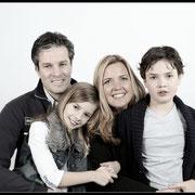 Geef jouw vader, moeder, opa of oma ook een fotokado. Kado voor oma: Familiefoto fotoshoot Familiefotografie, Cadeau voor oma | Familie, Grootouders, Inspiratie,
