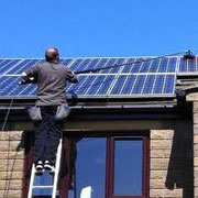 Solar pannel cleaning