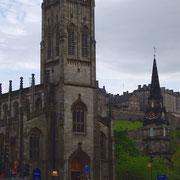 église et château d'édimbourg