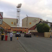 Le Fir Park Stadium situé à Motherwell. Il possède une capacité de 13.742 places