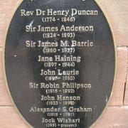 Plaque d'étudiants célèbres à Dumfries Academy (2008)