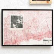 赤地図(red map)/ 2016 /30×45㎝/地図、雑誌の切り抜き(map,magazine scrapping)  photo by Takeru Koroda