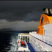 Noch im Monat Mai können schwere Unwetter über die Ägäische See ziehen.