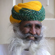 Traditioneller Turban in Rajastan.