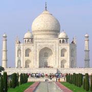 Taj Mahal - gebaut als Grabstätte für eine einzige Frau.