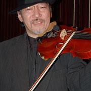 ღ アントニオ斉藤 (ヴァイオリン)*:☆・∴・∴・