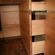 Massivholzküche Räuchereiche und Esche - angefräste Griffleisten