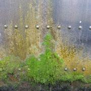 Stahlwand einer Schleuse