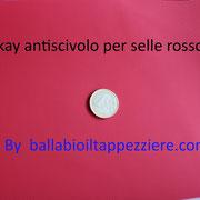skay rosso antiscivolo per selle moto-scooter-maxiscooter. By ballabioiltappezziere.com