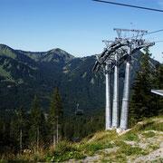 Die Gondel, die im Sommer den Menschen hilft auf den Berg zu kommen und im Winter für alle Skifahrer ein Segen ist.