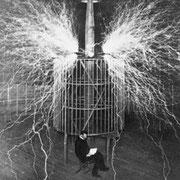 Лаборатория Николы Тесла, 1899 год.