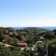 テラスからの眺望半島を観る