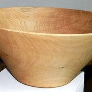 Schale 23: Lindenholz  Ø: 370mm, H: 230 mm, Wandstärke: 5 mm  -  Verkauft!