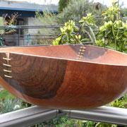 Schale 15: Nußbaum  H: 120 mm,  Ø: 350 mm,  Wandstärke: 5 mm