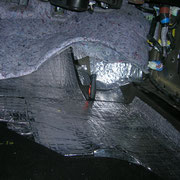 Шумоизоляция Honda Pilot пол проклеен материалом Шумофф Микс Ф для максимального вибродемпфирования