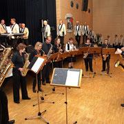 Ein Auftritt des Saxophon-Ensembles der Musikschule Niedergrafschaft