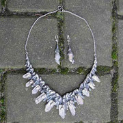 Collier-Set in Tropfenform (Silber, Bergkristall)