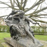 Victor Hugo - A l'entrée du musée de Meudon.