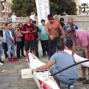 Derniers réglages pour le compétiteur catalan soutenu par les collégiens d'Ile-Rousse et leurs collègues de Leia