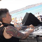DJ à Diesel in casa
