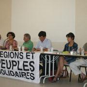 Lors du débat sur la reconnaissance des langues régionales, avec, au centre, le député R&PS à l'Assemblée Nationale, Paul Molac.
