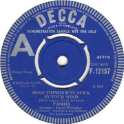vashti-i-want-to-be-alone-decca F 12157 1965
