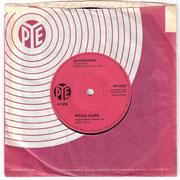 Downtown/You'd Better Love Me Pye 7N 15722 1964