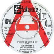 It Hurts Me When I Cry/Everybody Knows Stateside SS 421 1965