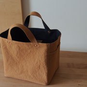 『soft cube bag』 camel/navy