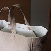 『recta bag』 grey-beige/milk 持ち手裏が表地と同色仕様
