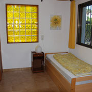 Der Anbau mit ausziehbarem zweitem Bett