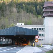 Einfahrt Bosrucktunnel A9