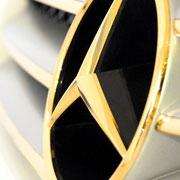 Mercedes-Stern 24 Karat vergoldet