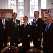 V.l.n.r.: Dr. Philipp Steinwärder, Uli Wachholtz, Hjalmar Stemmann MdHB, Josef Katzer, Gunnar Uldall