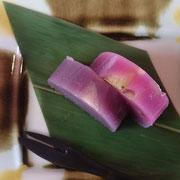 紫芋と林檎の羊羹(林檎・・・消化物の滞留を除き、喉の渇きを抑える)
