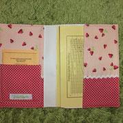 2 Hülle für U-Heft mit Impfpasstasche (Innen)