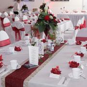 Tischdekoration, Martinivasen, Blumengesteck