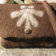 Pilgertasche aus Bergschafwolle