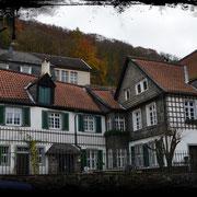 Die Mückenburg, ein altes Burgmannshaus am Fuße der Burg