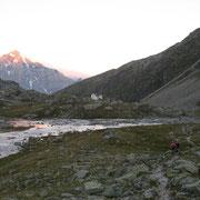 Alpenglühen am Ortler beim Aufbruch
