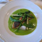 Chambre Avec Vue 鮮魚のポワレ、グリーンピースのソース