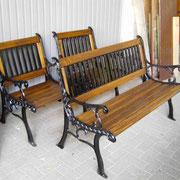 neu aufgearbeitet mit Sitzhölzern in Eiche lasiert