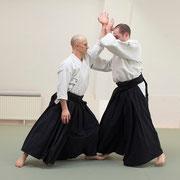 katadori men-uchi irimi 肩取り面打ち入り身