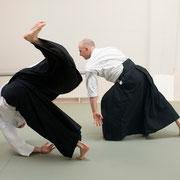 katadori men-uchi kokyū-nage 肩取り面打ち呼吸投げ
