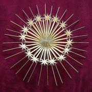G 2 Grasrosette mit einfachen Sternchen