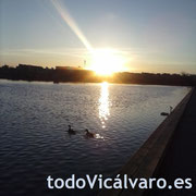 Atardecer sobre el Parque de Valdebernardo en el primer día de primavera